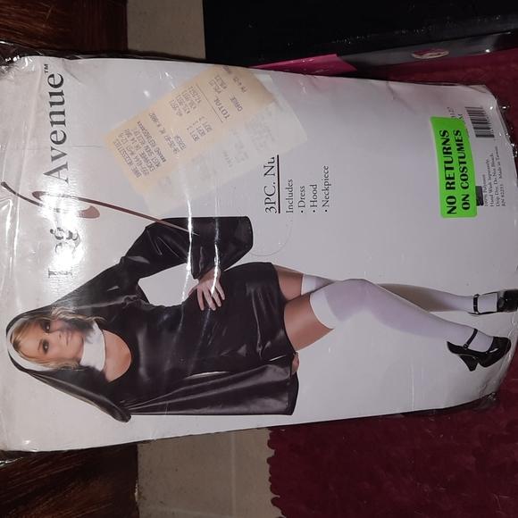 Leg Avenue-Women's 3PC. Naughty Nun Halloween costum. Dress, Hood and Neck piece